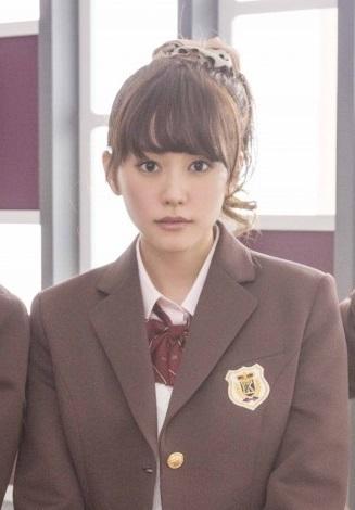 映画『ヒロイン失格』では25歳にして高校生を演じておられますが、 制服姿は25歳とは思えないほど似合っていて可愛いです! まだ公開日は発表されていませんが、2015年